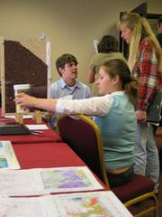 Picture of Hands-on Inquiry activities workshop at NCGSA 2005